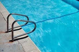 Expert: Swimming pool facilities water unlikely to spread ...